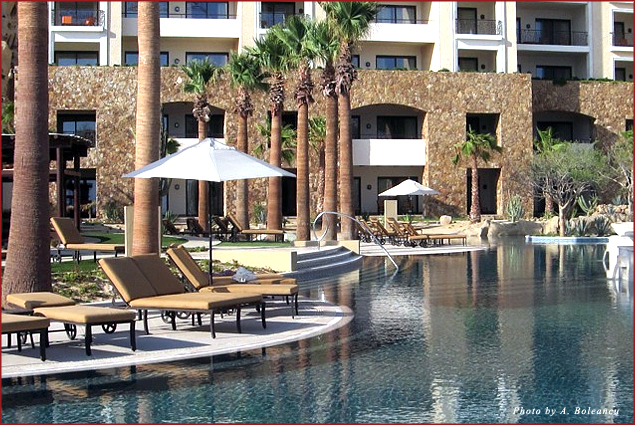 An infinity pool at the Grand Solmar in Cabo San Lucas, Mexico