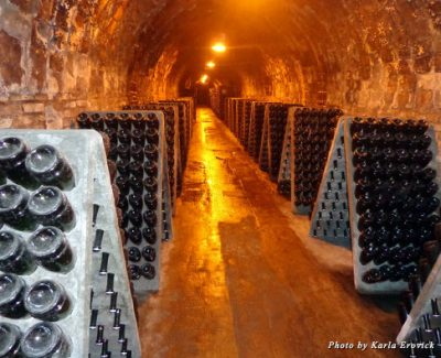 Cava aging in the caves
