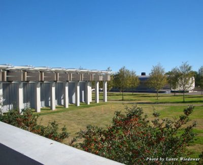 The Kimbell Art Museum's new Renzo Piano Pavilion, left, stands across from the iconic Kahn original